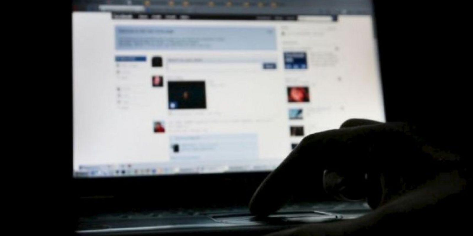 La maestra, quien no fue identificada, asegura que su imagen fue robada de su página de Facebook. Foto:Getty Images
