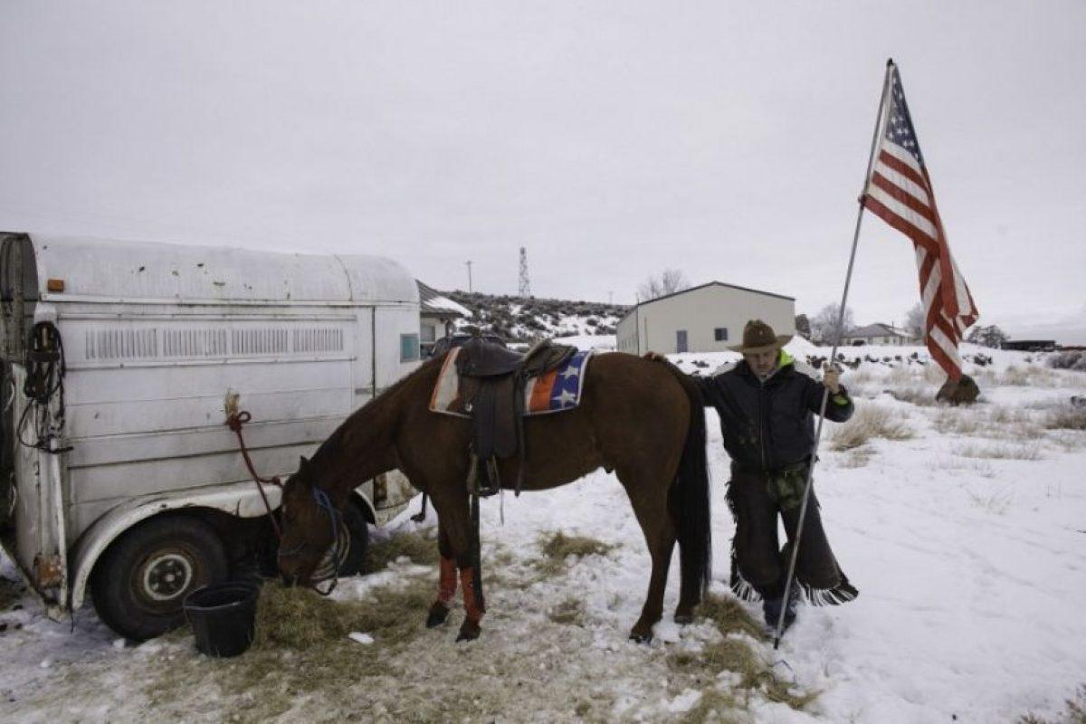 Estos hombres tomaron el control de un edificio federal ubicado en una zona rural de Oregon. Foto:AFP