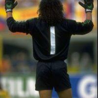 """3. René Higuita crea el """"Escorpión"""" en 1995, en un partido amistoso contra Inglaterra, en Wembley Foto:Getty Images"""