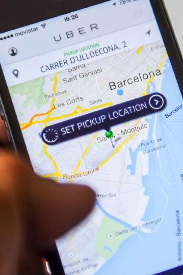 Según Uber, para asegurar que puedan contar con un viaje más seguro y confiable, siempre a minutos de distancia; inclusive en los días y horas más complicadas. Foto:Getty Images