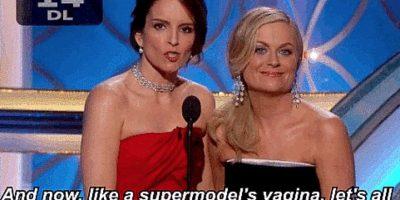 """Para comenzar, este memorable momento protagonizado por Oprah Winfrey y Tina Fey el año pasado. """"Como la vagina de una supermodelo, demos una cálida bienvenida a Leonardo DiCaprio"""", bromearon las dos comediantes, refiriéndose a las relaciones del actor de Hollywood. Foto:NBC"""
