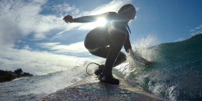 Y surf. Foto:Vía instagram.com/sierraquitiquit
