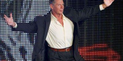 """Sobre el ring de la WWE, Vince McMahon es """"Mr McMahon"""", un gerente despiadado y egoísta. Foto:Getty Images"""