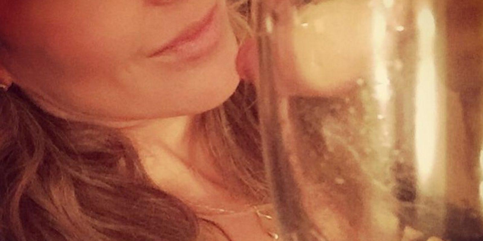 """Esto fue interpretado por muchos como una cercana """"amistad"""" de la actriz y uno de los delincuentes más buscados del mundo Foto:instagram.com/katedelcastillo/"""