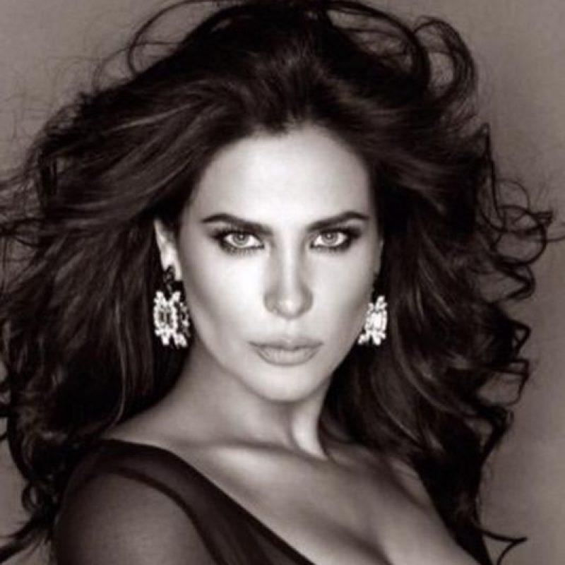 """Arleth Terán. Se dijo que la actriz fue amante de Edgar Valdez Villarreal, alías """"La Barbie"""" Foto:Vía twitter.com/negrateran"""
