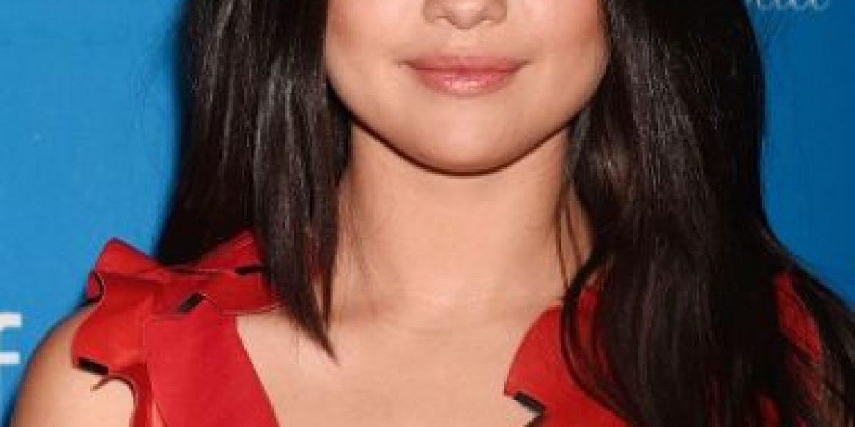 Selena Gómez se vuelve a robar las miradas con su pronunciado escote