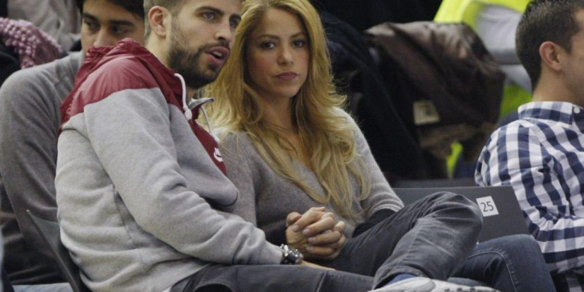 Hinchas del Espanyol ofenden a Piqué y Shakira en el estadio