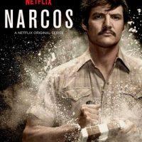 """El chileno """"Cucaracha"""" lleva el producto de su laboratorio al colombiano Pablo Escobar. El agente de la DEA Steve Murphy se une a la guerra contra la droga en Colombia. Foto:vía Netflix"""