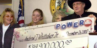 """Andrew """"Jack"""" Whittaker ya era rico cuando en 2002 ganó casi $315 millones de dólares. Apesar de que quiso compartir el no pudo escapar de sus propios demonios. Foto:Pinterest"""