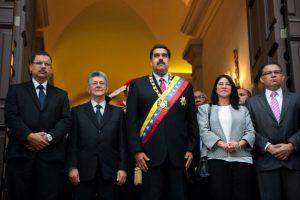 Permite al poder ejecutivo adoptar rápidamente las acciones económicas que crea necesarias. Foto:AFP