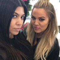 Así se divierten las hermanas Kardashian Foto:Vía Instagram/@kourtneykardash