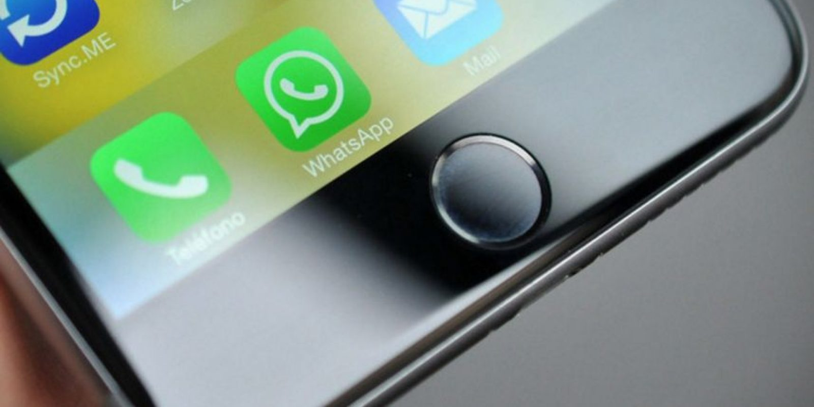 8. 27% de todos los selfies en Internet se comparten en WhatsApp. Foto:vía Pinterest.com