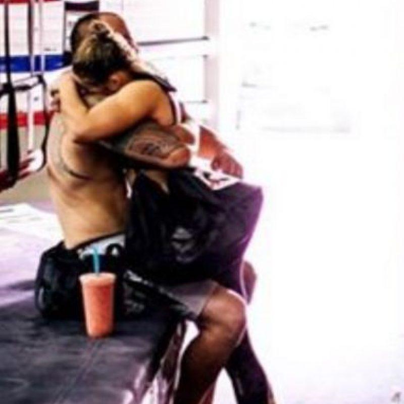 Travis mantiene una relación con Ronda desde octubre del año pasado Foto:Twitter