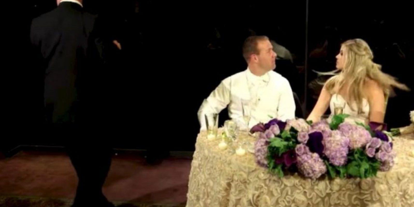 Bombero interrumpe su boda para salvar a hombre que se ahogaba Foto:YouTube – Archivo