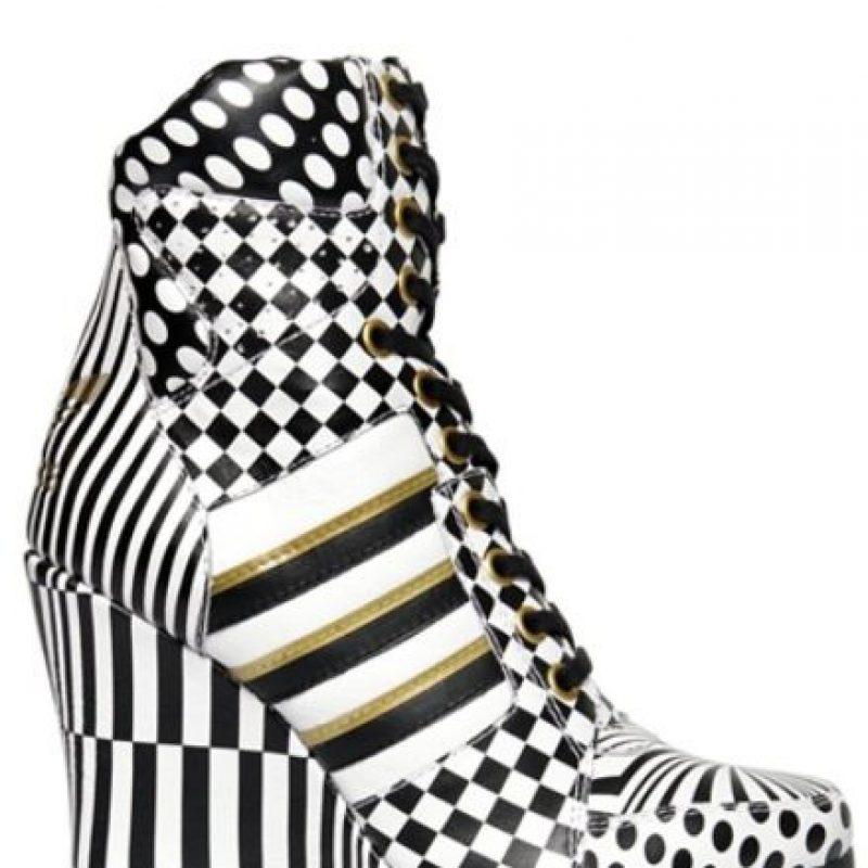 Pero Jeremy Scott los hizo para Adidas y los vendió en más de 300 dólares. Foto:vía Adidas