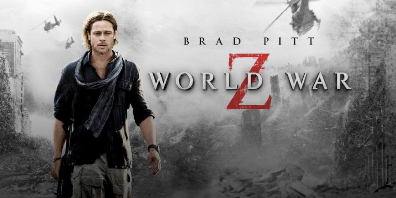 Un empleado de la ONU pelea contra el tiempo y el destino mientras viaja por le mundo intentando frenar un pandemia mortal de zombis. Foto:vía Netflix