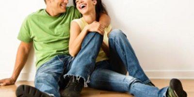 """Muchas de las parejas esperan que su esposo o esposa """"adivine"""" lo que él o ella quiere, pero este es un grave error. Por ello es sumamente importante que hablen entre sí de lo que desean del otro. Foto:Vía Pixabay"""