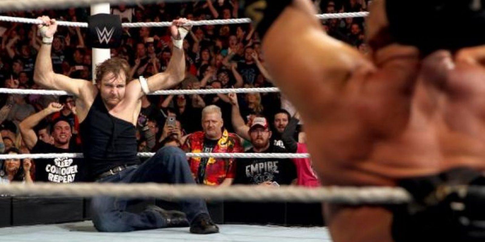 Y al final, superó a Dean Ambrose Foto:WWE