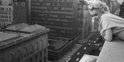 Unos amantes intentaron divertirse en el balcón de un hotel, sin embargo no consiguieron muy buenos resultados, la mujer se cayó del edificio. Foto:Archivo/GettyImages