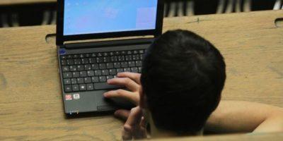 No descarguen archivos adjuntos sin antes pasarlos por un antivirus. Foto:Getty Images