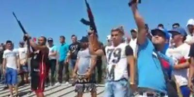 Varios videos se hicieron públicos en las redes sociales, en ellos se exhibieron el poder de fuego y la impunidad de los rehos dentros de los penales venezolanos. Foto:Vía Youtube