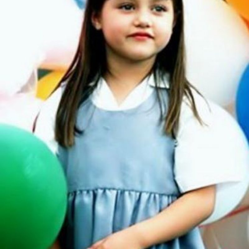 Era una niña huérfana que buscaba a sus verdaderos padres. Foto:vía Televisa
