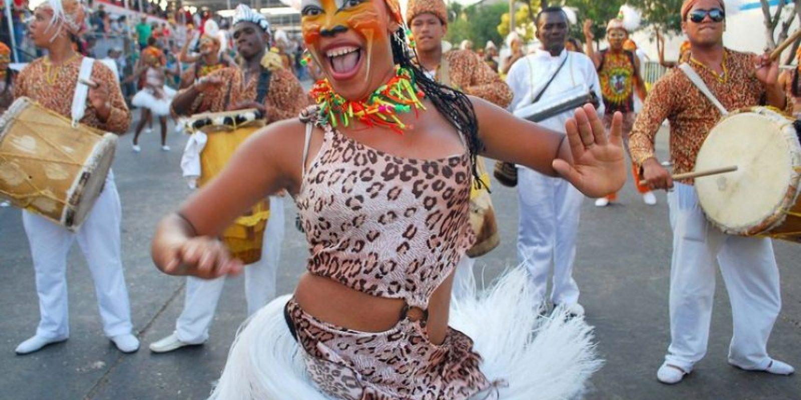 Mujer negra colombiana se corre gracias a mi verga saturno de cali - 5 5