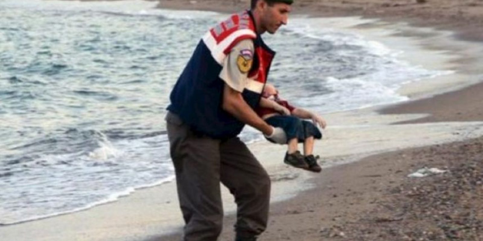 Se hundió la embarcación donde intentaba migrar con su familia hacia Europa. Foto:AFP