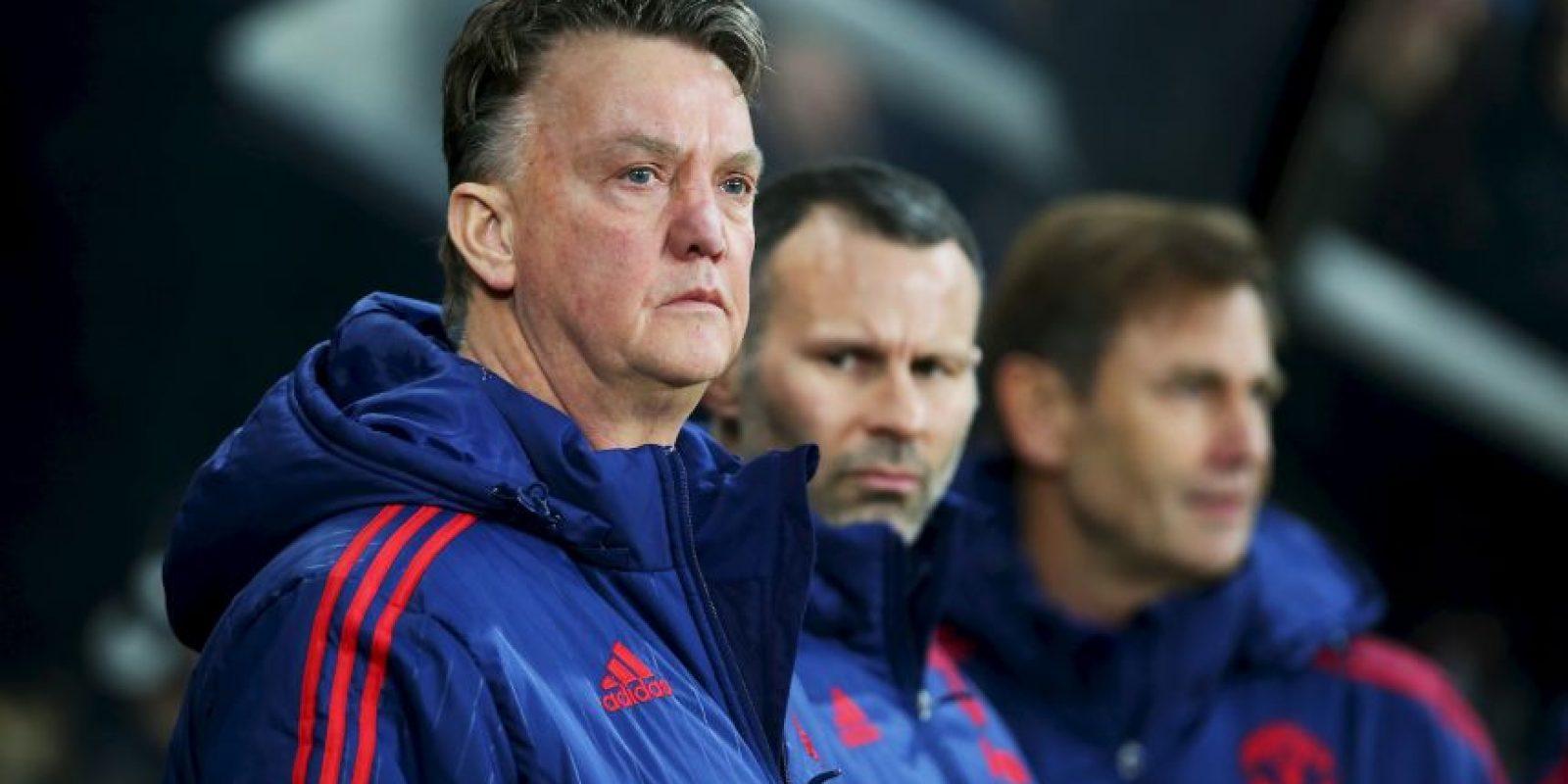 Manchester United le paga 10 millones de euros al año, pero podría salir del equipo al final de la campaña. Foto:Getty Images