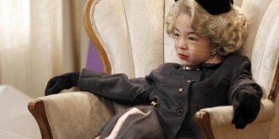 Es coreana y estadounidense. Ganó con todo el elenco un premio SAG. Foto:vía ABC