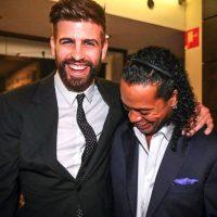 Ahora se reencontró con Gerard Piqué Foto:Vía instagram.com/ronaldinhooficial