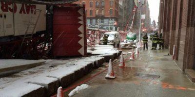 El Departamento de Bomberos continúa en la escena. Foto:Vía twitter.com/FDNY