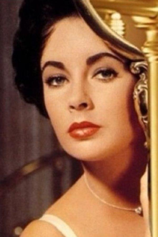 Obviando la clase y el rostro inmortal de la actriz. Foto:vía Tumblr