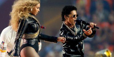 Luego se unió a Bruno Mars. Foto:Getty Images