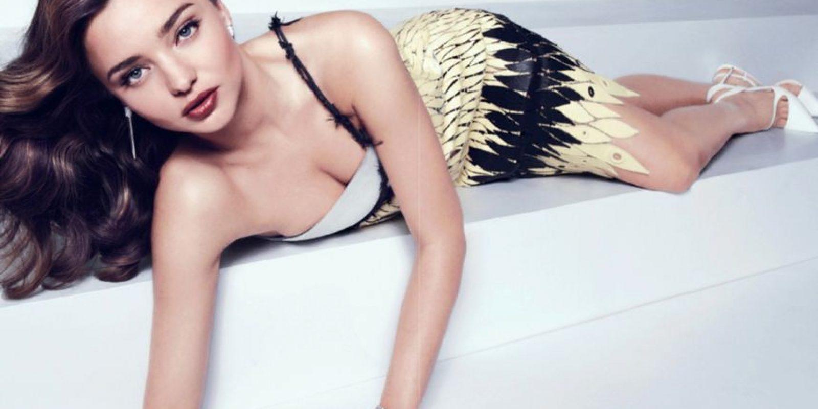 Miranda Kerr se hizo ícono de belleza al comenzar a desfilar para Victoria´s Secret. Ahora es imagen de Swarovski. Foto:vía Vogue
