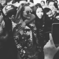 Así Belinda convive con sus fans Foto:Vía Instagram/@belindapop