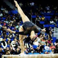 Su rutina en la que mezcla espectaculares saltos con pasos de hip hop se hizo viral Foto:Vía instagram.com/sophinathediva