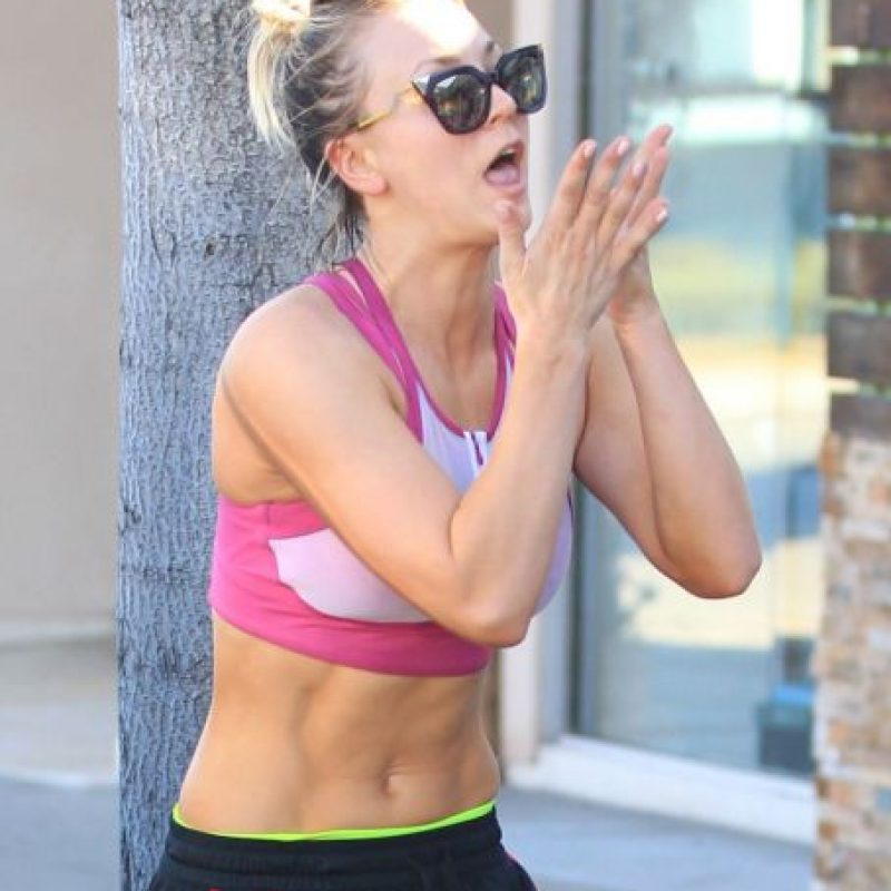 Kaley Cuoco comenzó con una rutina especial de ejercicio desde septiembre del 2015. Foto:Grosby Group