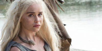 Daenerys Targaryen llega a un campamento dothraki. Foto:Vía Facebook/Game of Thrones