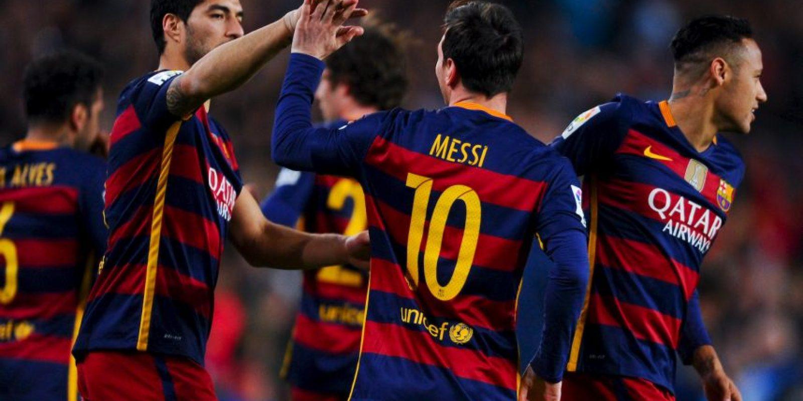 Luis Suárez marcó un hat-trick y suma 23 goles en la cima de la tabla de anotaciones de la Liga de España Foto:Getty Images