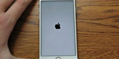 Un error en el iPhone provoca que se quede en la pantalla del logo de Apple. Foto:Vía Zach Straley/YouTube