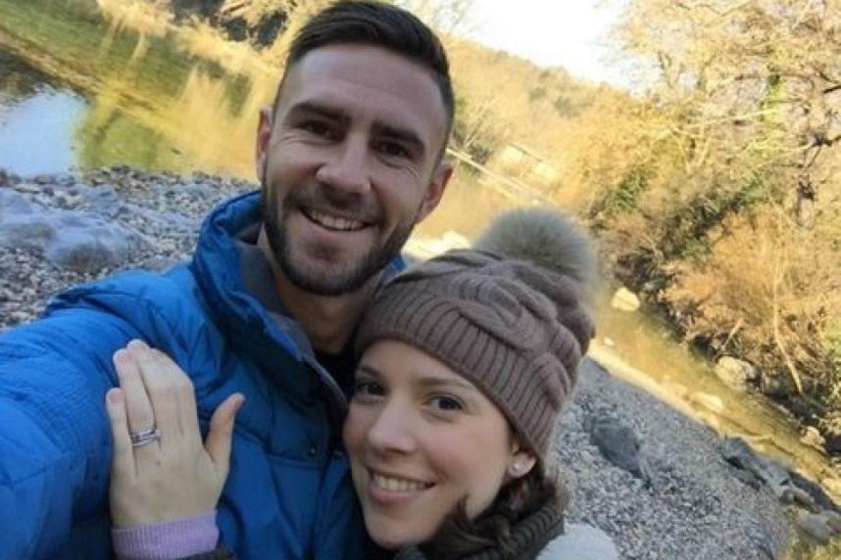 Miguel Layun (Porto) y Ana Laura Galván Foto:Vía instagram.com/miguel_layun