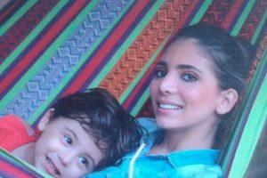 La presentadora Mafe Bustillo dio de qué hablar durante el inicio del 2016, pues ella sufrió un trágico accidente donde perdió la vida su madre, y su pequeño hijo. Foto:https://www.instagram.com/mafebustillo/