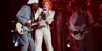 Así fue el performance de Lady Gaga en el tributo a David Bowie Foto: Getty Imges