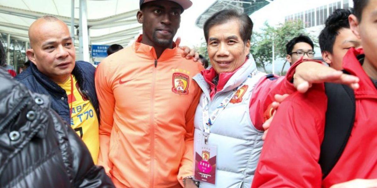 Fotos: Jackson Martínez fue recibido como una estrella en China
