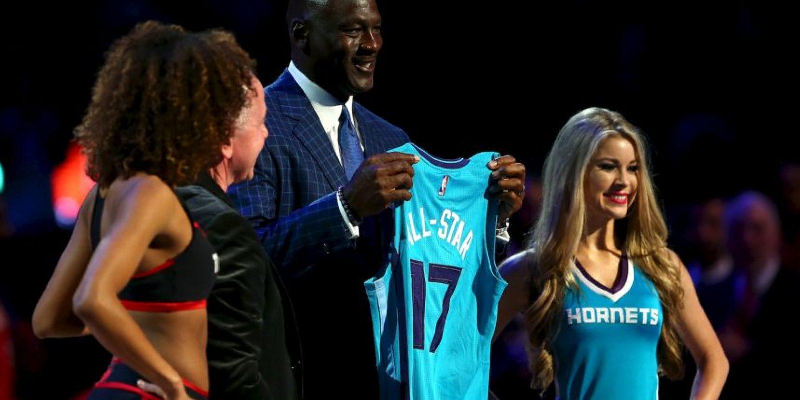 9. Tiene el 89.5% de las acciones de Charlotte Hornets Foto:Getty Images