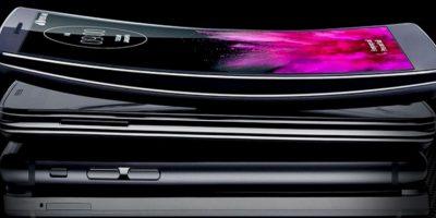 Así luce el LG G Flex en comparación con otros smartphones. Foto:LG