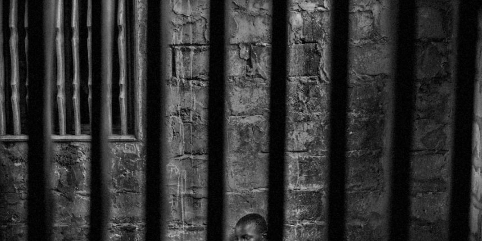 Mário Cruz. Abdoulaye es un niño prisionero en una escuela islámica en Senegal. Foto:worldpressphoto.org