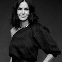 Y es que la actriz tiene más de 50 años. Foto:vía Getty Images
