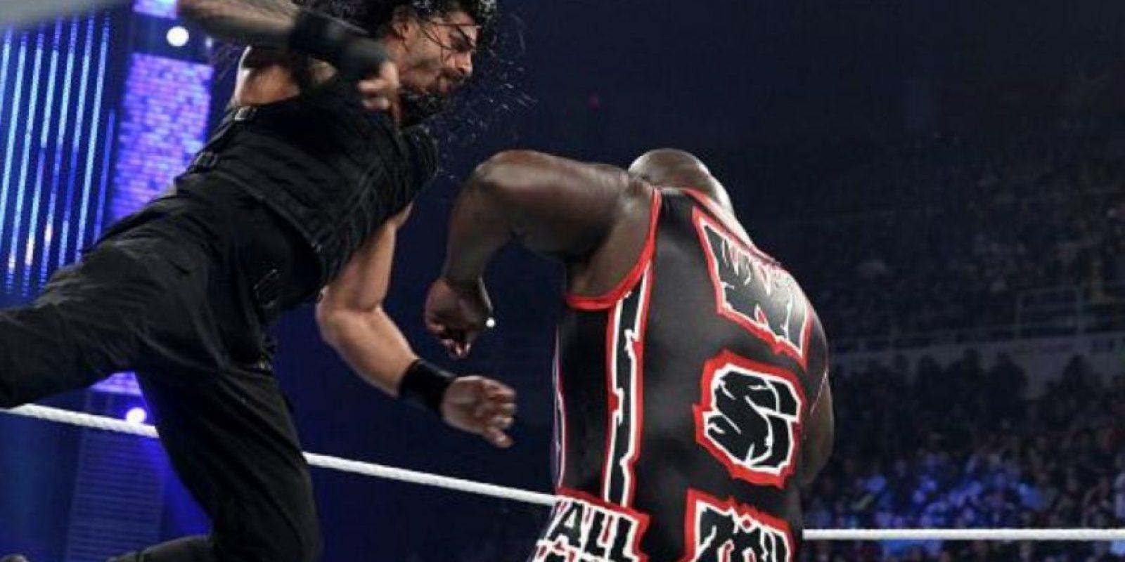 Su verdadero nombre es Joe Anoa'I Foto:WWE